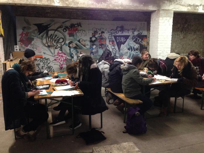 Et nous nous réjouissons de dessiner dans les lieux berlinois underground.