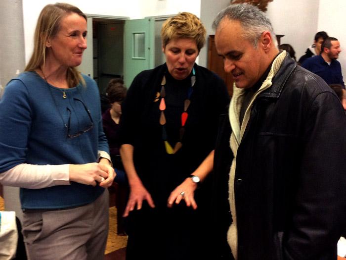 Lucy Orta, Valérie Milette (enseignante, arts appliqués) et Mr Irankhah (proviseur).